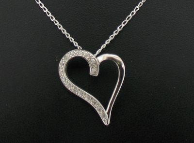 925 HEART PENDANT + CHAIN