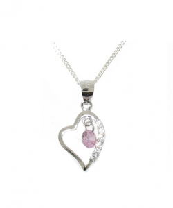925 HEART PENDANT AND CHAIN.