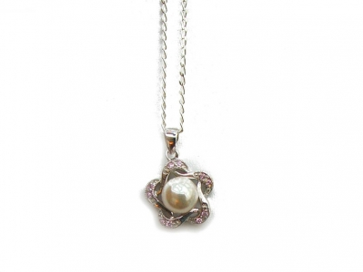 925 PEARL AND CZ PENDANT.