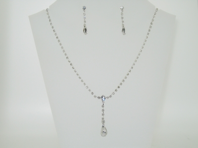 DIAMANTE Y NECKLACE SET