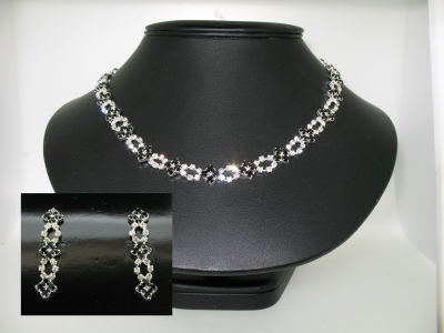 DIAMANTE NECKLACE AND EARRING SET